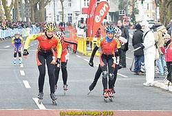 da freuen sich die Mädels, Britta Becker und Andrea Meyne fahren auf Rang 7 und 8 - Foto: Kurt U. Heldmann